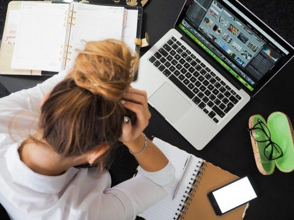 Kurangi Stress Berarti Kurangi Gadget