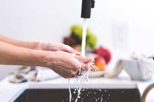 Sabun Cuci Piring Sebagai Alternatif Sabun Cuci Tangan